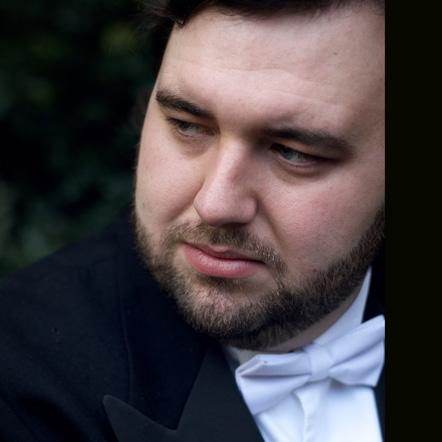 Photo of http://www.independentopera.com/images/uploads/Singers/James_Platt.jpg